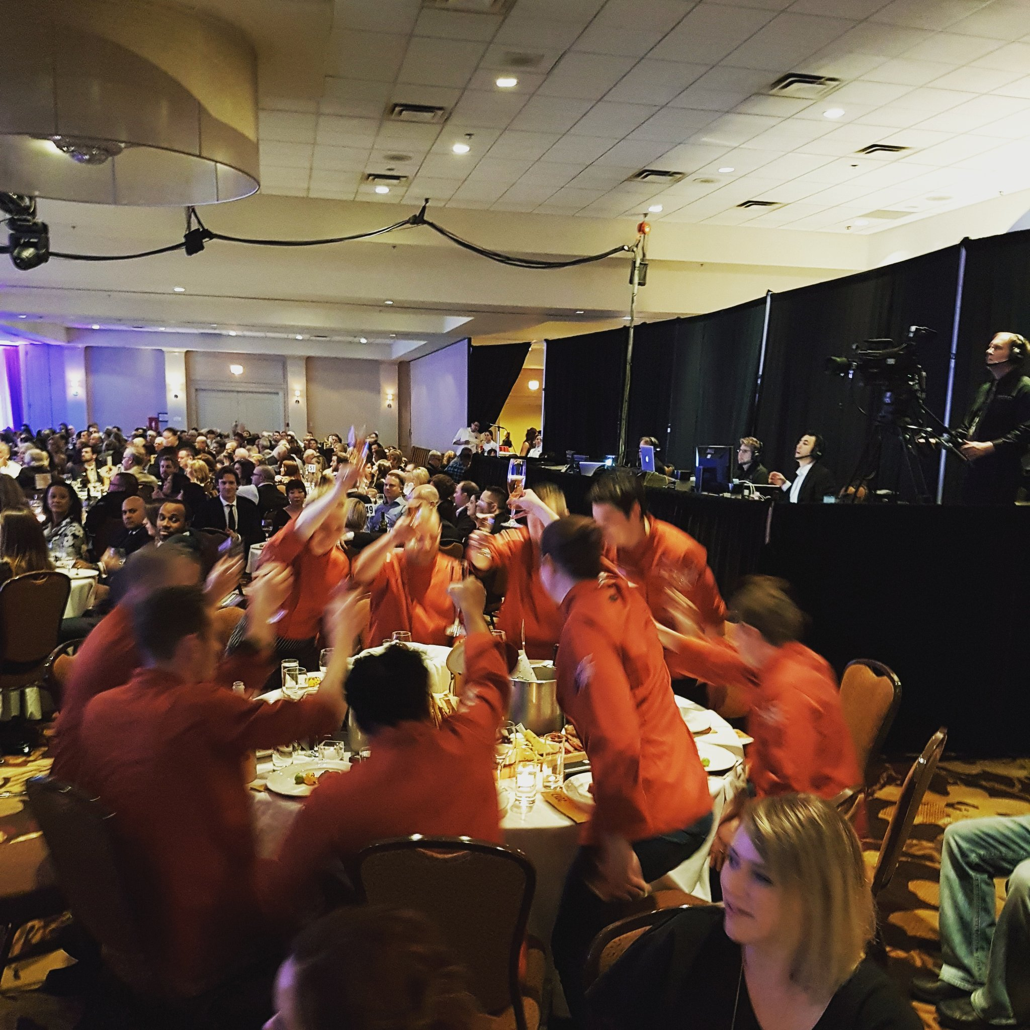 Cheers to the @GoldMedalPlates Chefs! Now we celebrate! #CCC2017 https://t.co/X4wU8bVfK2