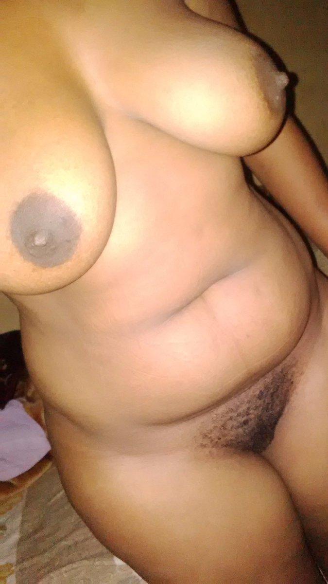 Nude Selfie 10496