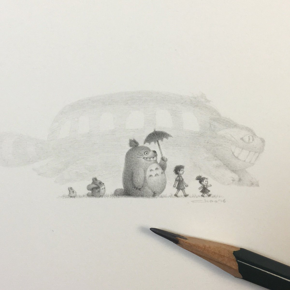 My tiny drawing for the Miyazaki Show at @Spoke_Art SF. Pencil for scale ref :-) #totoro #miyazaki #tribute https://t.co/ZWlsRnN9tU