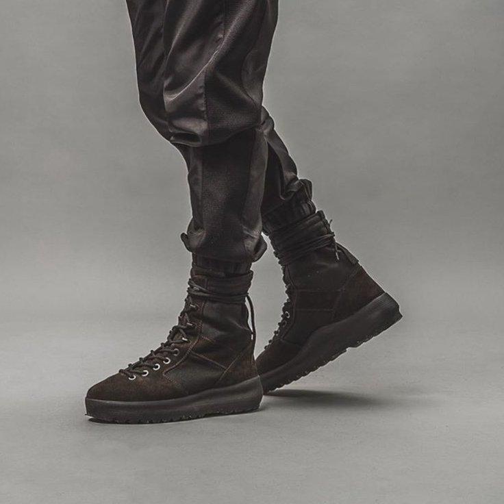 b6fdf2c17e1dd Sneaker Shouts™ on Twitter
