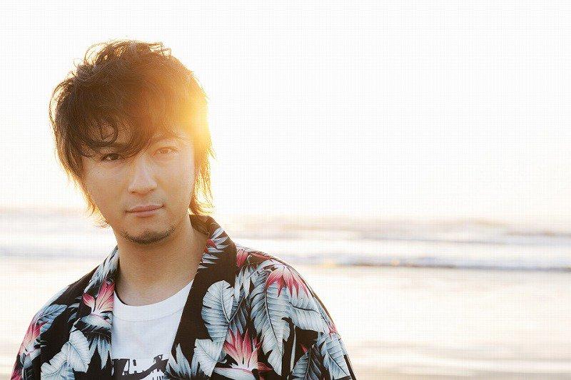 """遊助 """"日々の歩みの中で、もがきながらも頑張る人へ贈る""""新曲「流れ」を3月8日にリリース - エキサ…"""