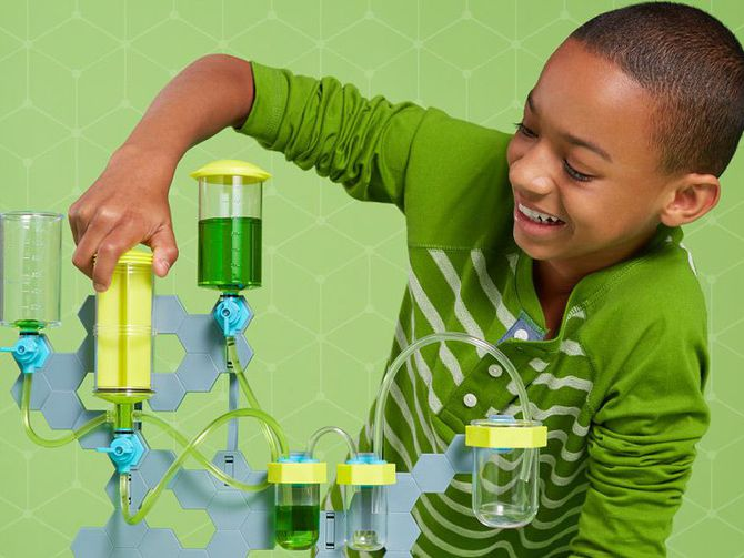 Amazon STEM Club sends your kids a science toy every month http://cnet.co/2jwzyfS