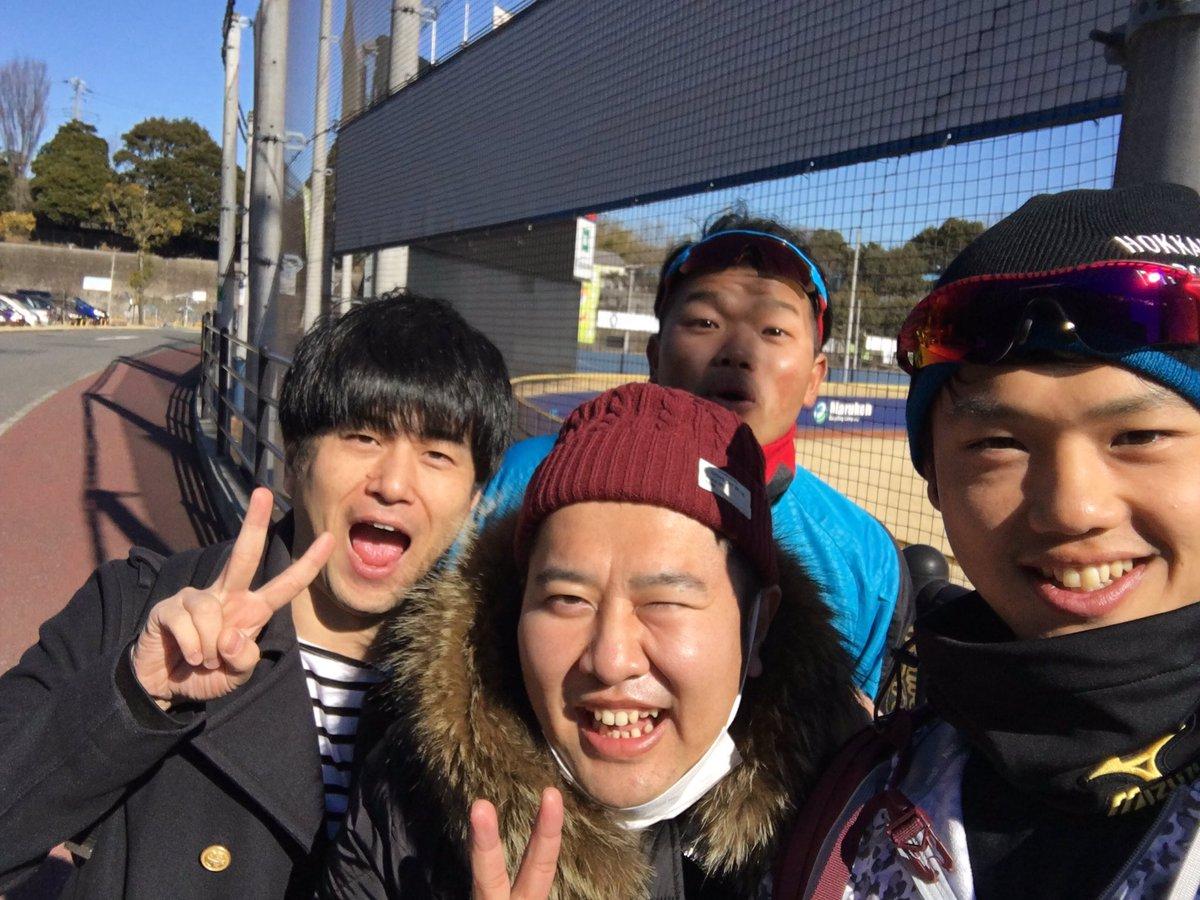 今日は鎌ヶ谷に安村さんと竹内さんが激励に来てくれました!今シーズンも頑張るぞ!