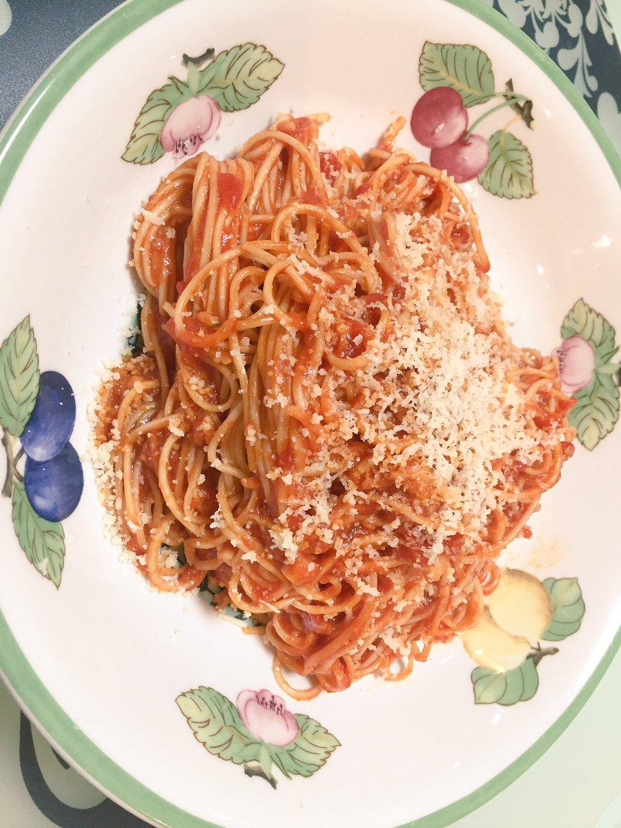 今日、あたし前世イタリア人かもって嫁が言ってきた。素直にパスタ作ってって言えばええのに(-_-)