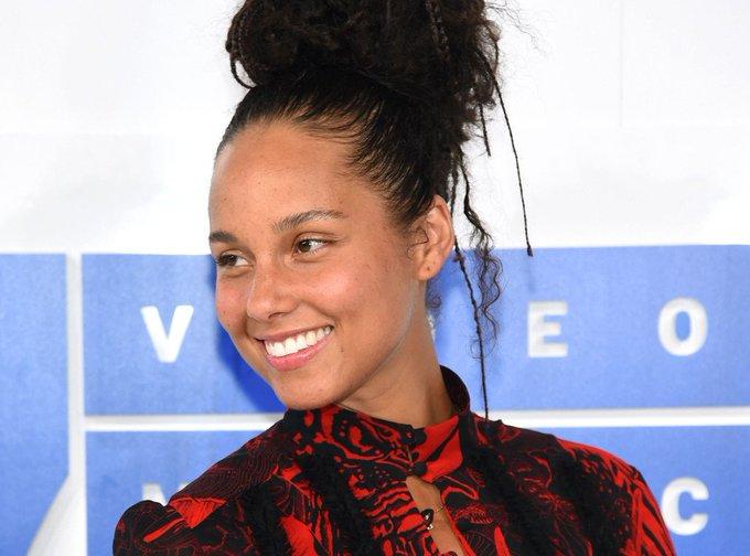 Happy 36th Birthday to Alicia Keys!