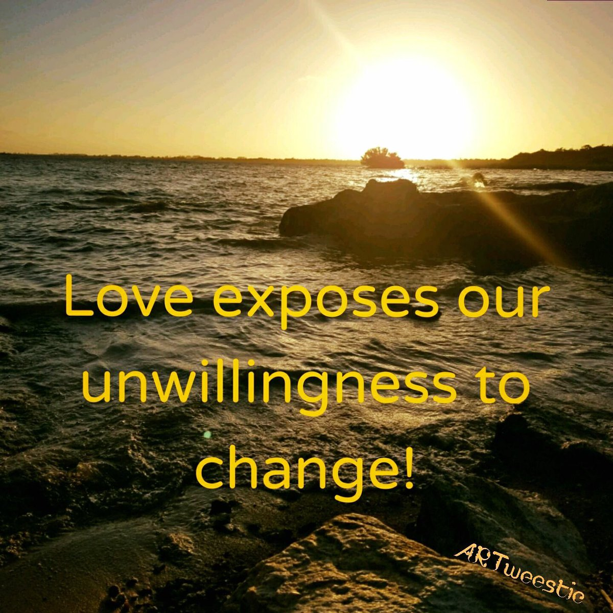 ❤️ #Love exposes our unwilligness to change ❤️ #quotes #byVera #ARTweestic https://t.co/1aQGHnCNCp
