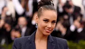 Happy Birthday to the one and only Alicia Keys!!!