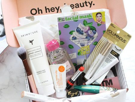 Winter Beautycon Box Giveaway!
