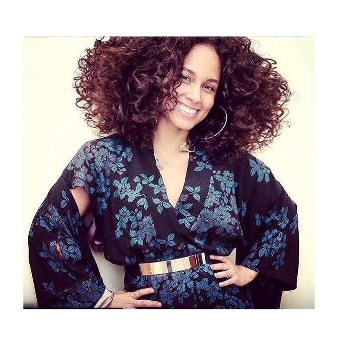 Happy Birthday Alicia Keys!!