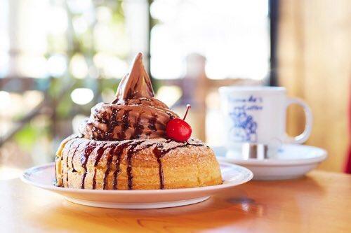 1月30日よりコメダ珈琲店で、バレンタインに先駆け、期間中、全ての商品のソフトクリームがチョコソフト…