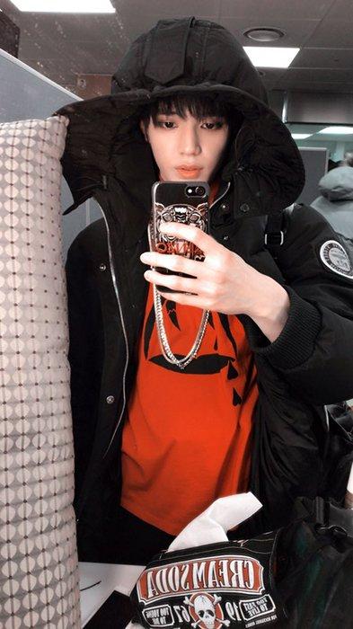Appreciation Taeyong's selfie aesthetic 2017 - Celebrity ...
