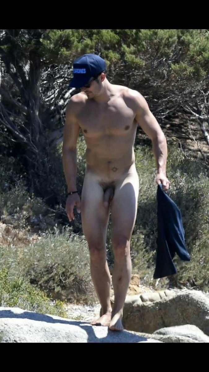 Male Celeb Nude Photo 8