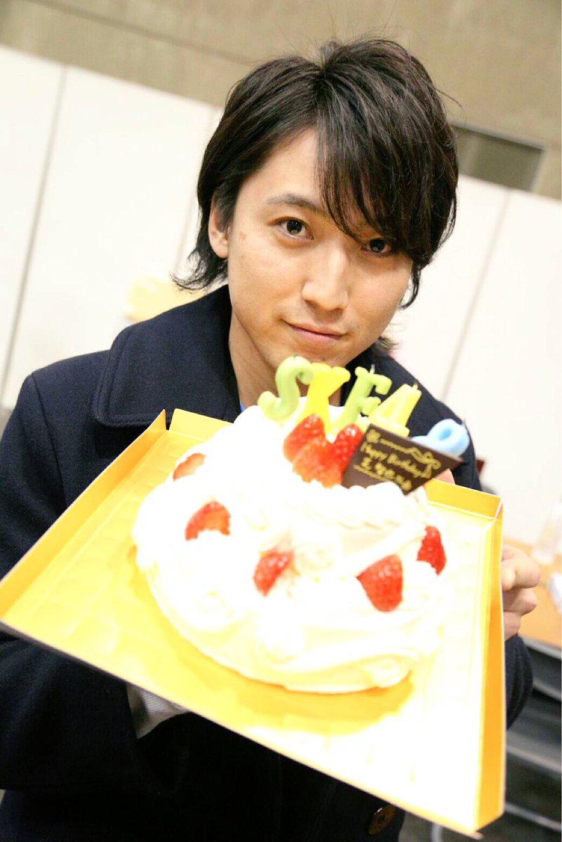 日付変わって、1月27日は、SKE48就任記念日(2013年〜)。 ケーキ越しの、ハンサム。  #S…