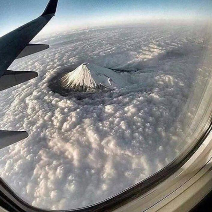 このアングルの富士山すげえ!