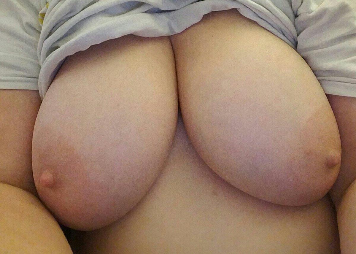 Nude Selfie 10383