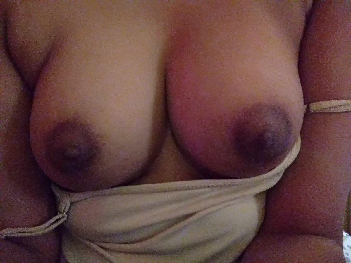 Nude Selfie 10421