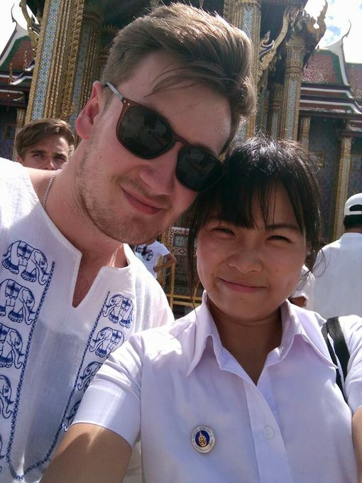 Happy birthday Mr.Oli White ! You\re the best in the land haha // hope to see you again