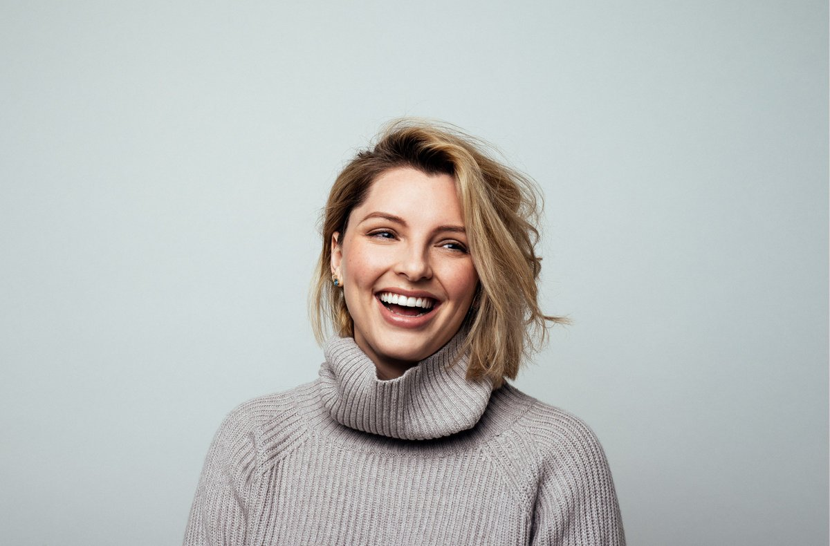 We are so excited to be partnering with @EsteeLalonde for 2017. Watch this space! https://t.co/5vc9Dnhqk3