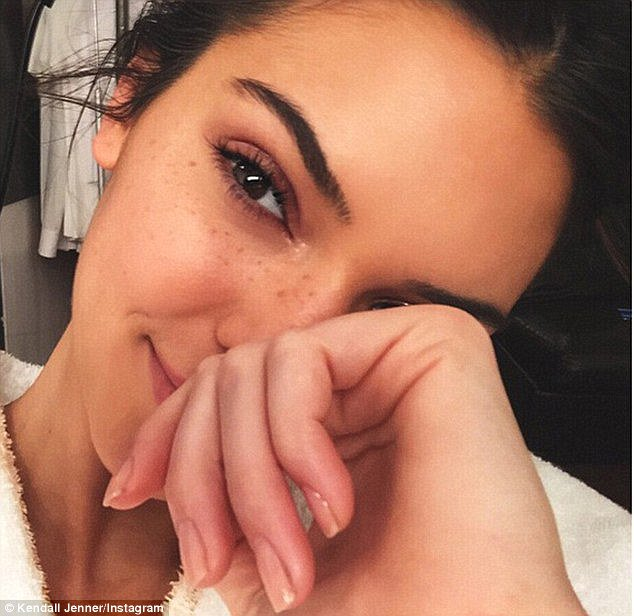 Kendall Jenner's Dermatologist Reveals the Cleansing Mistake We All Make