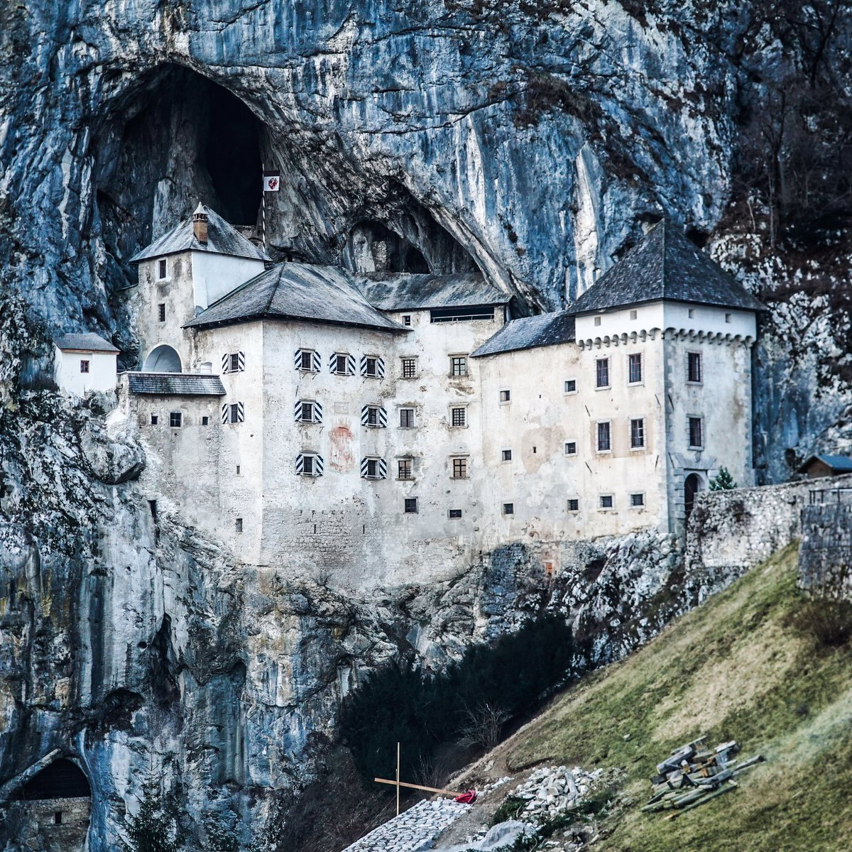 Louis Cole On Twitter This 900 Year Old Gothic Castle Is Built Into The Cliff Face And Conceals An Entrance To Underground Cave System