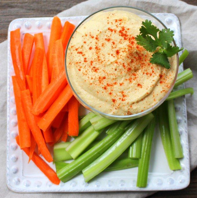 Lighter Garlic Hummus
