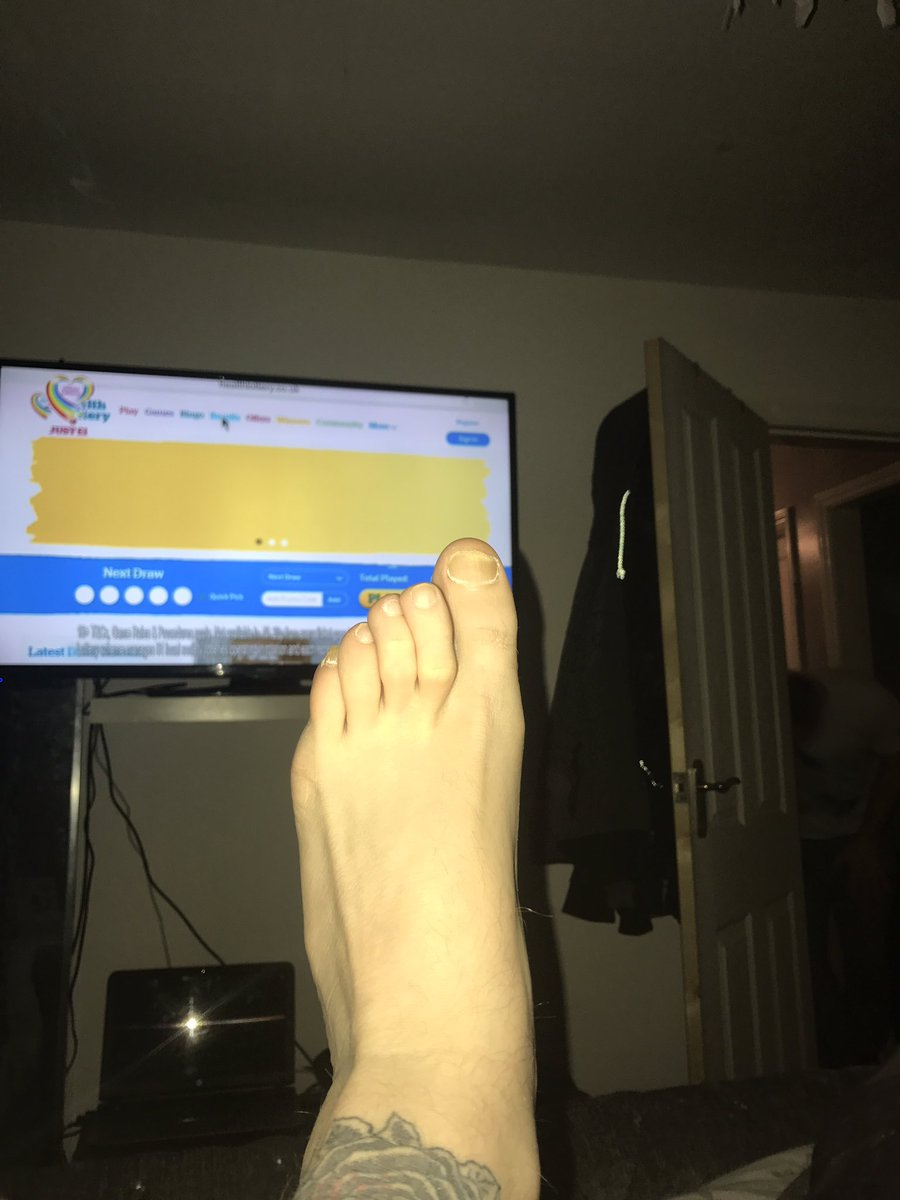 footworship gay escort work