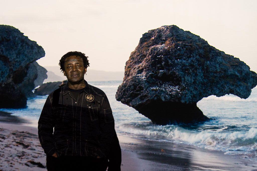 Congratulations to John Akomfrah, winner of @ArtesMundi 7! https://t.co/05Bk88xGS8