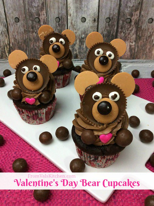 Valentine's Day Bear Cupcakes #Recipe