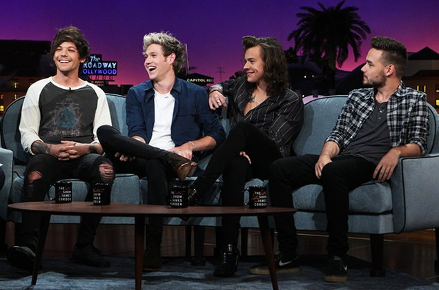 Our #TB1D this week is this lovely snap of the guys having a great time on the Late Late Show! https://t.co/zaaEdkqNwE