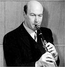 #Today in 1915 Birth of English #clarinetist Jack #Brymer. #MusicHistory #classicalmusic<br>http://pic.twitter.com/iBYgEchTph