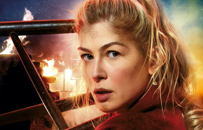 Happy 38th birthday to the beautiful and fierce Rosamund Pike.