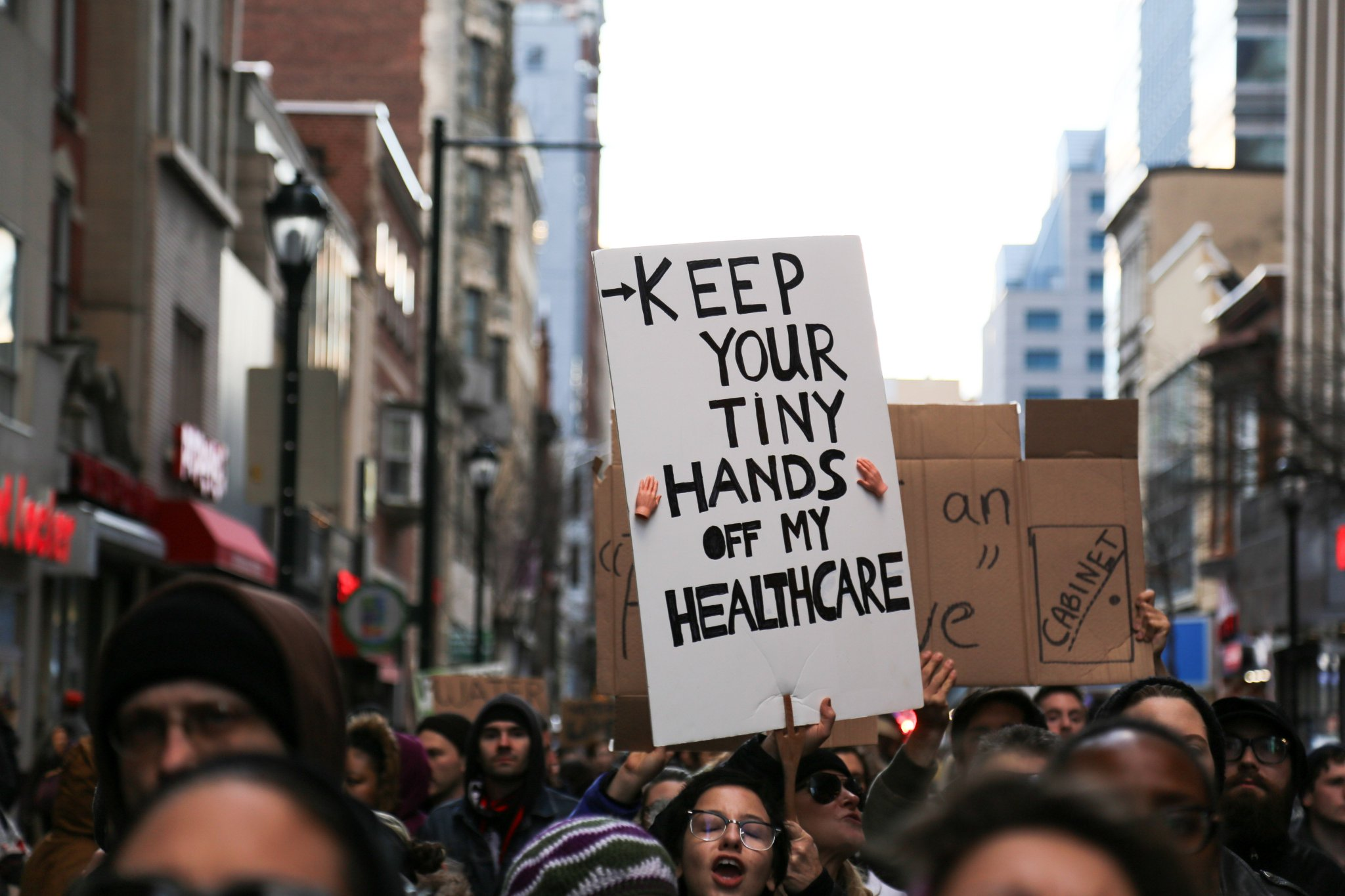 ICYMI: Here's all the best (and funniest!) signs from yesterday's anti-Trump resistance march in Philadelphia... https://t.co/eRYSIDmOJ8 https://t.co/PbqoXcA08R