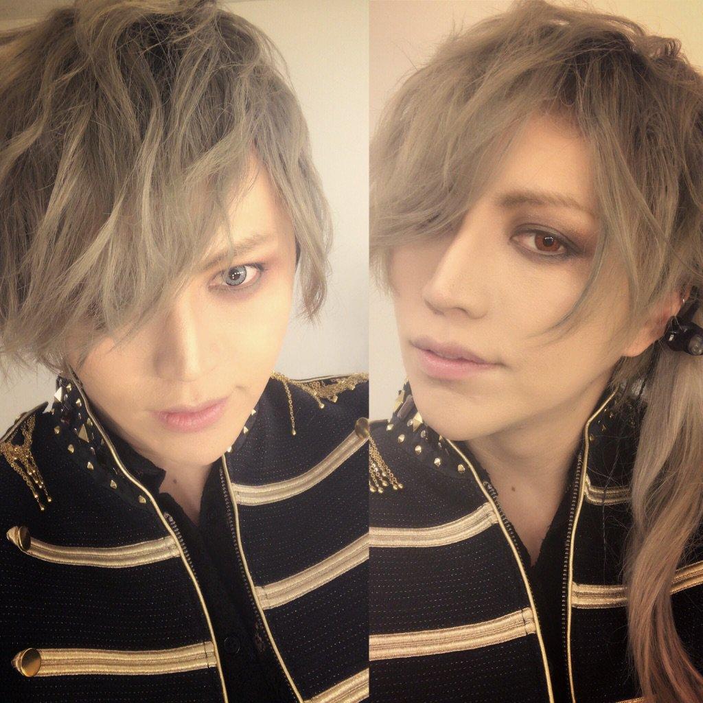 大阪結構髪型変えてたけどよくわからない!  左のday1は後頭部編み込みだったけど  わからんな..…