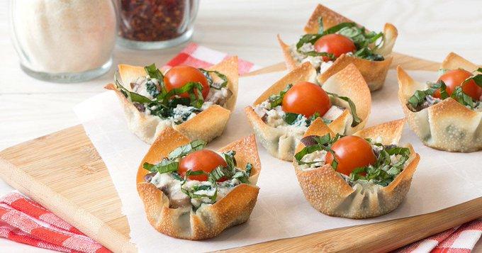 Healthy Muffin-Pan Recipes: White Pizza Wonton Crunchers, Chicken Bruschetta Stuffed Tomatoes