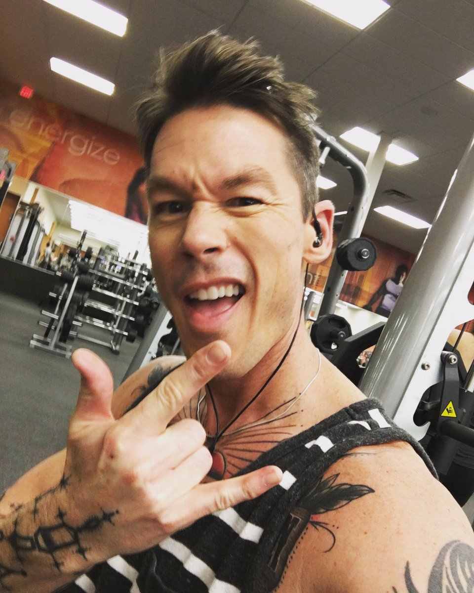 david bromstad on twitter gym time workout sweat