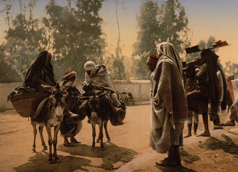 From our photochrom collections via CNN: rare color images from 1899 offer glimpse into a lost North Africa https://t.co/SzGI6HIIu9 https://t.co/PdP44CEsJx