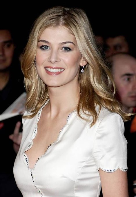 Happy Birthday Rosamund Pike