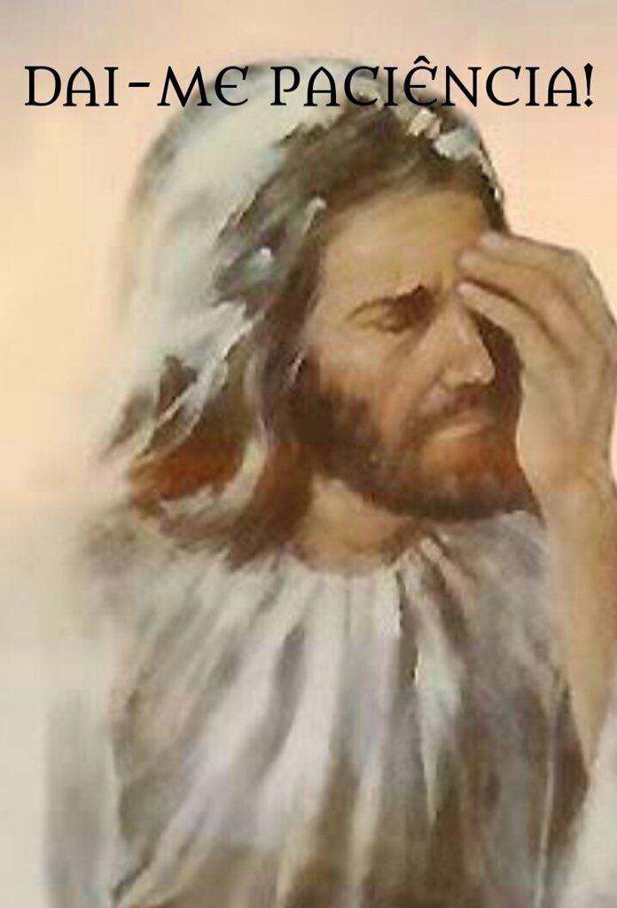 6 que ficam #FelizNatal......agora só volto aqui no ano 3000 depois da segunda volta de #Jesus..venho junto com #Ele..kkkkkk<br>http://pic.twitter.com/0aF2JPL9jL