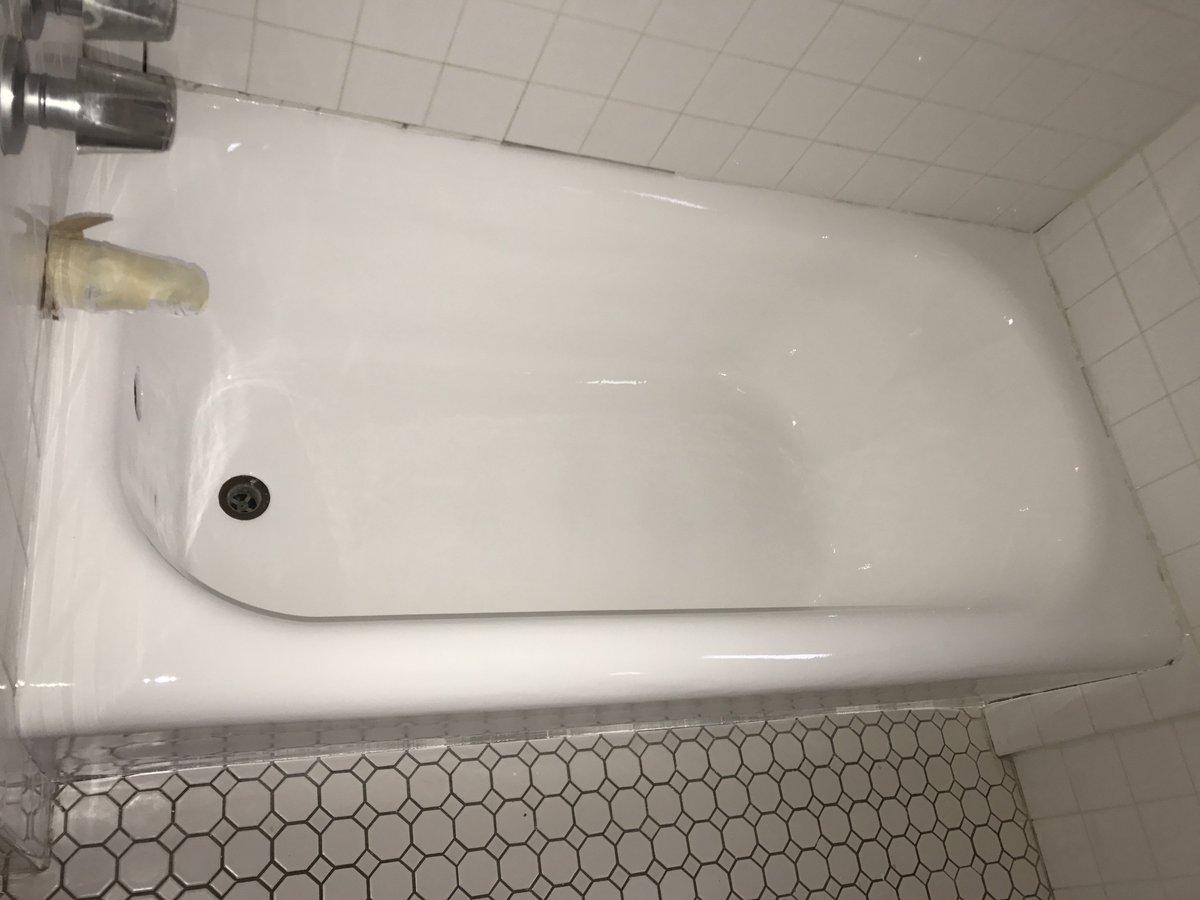 los tubboys twitter angeles tub retweets replies boys reglazing likes bathtub
