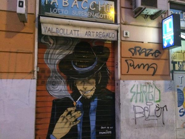 @May_Roma ちなみにイタリアの煙草屋では最近、次元大介が大流行りの模様。