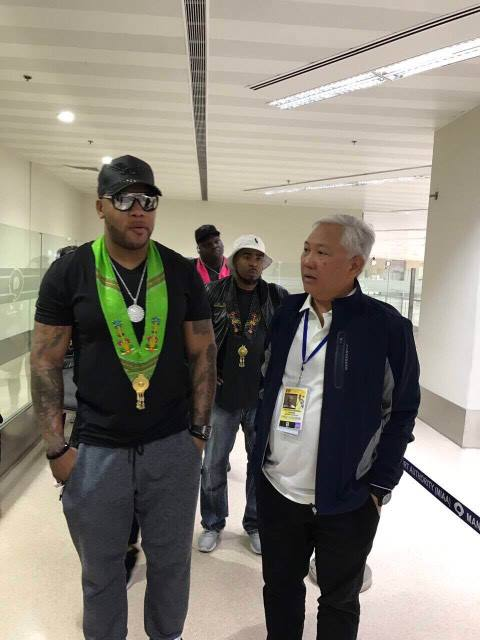 LOOK: American singer/rapper Flo Rida has arrived in the #Philippines for #MissUniverse coronation day | Photos from DOT