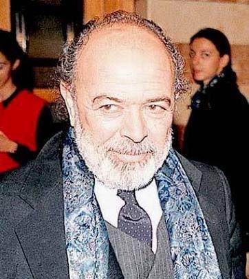 Usta oyuncu, tiyatro yönetmeni #EnginCezzar hayatını kaybetti. Mekanı...