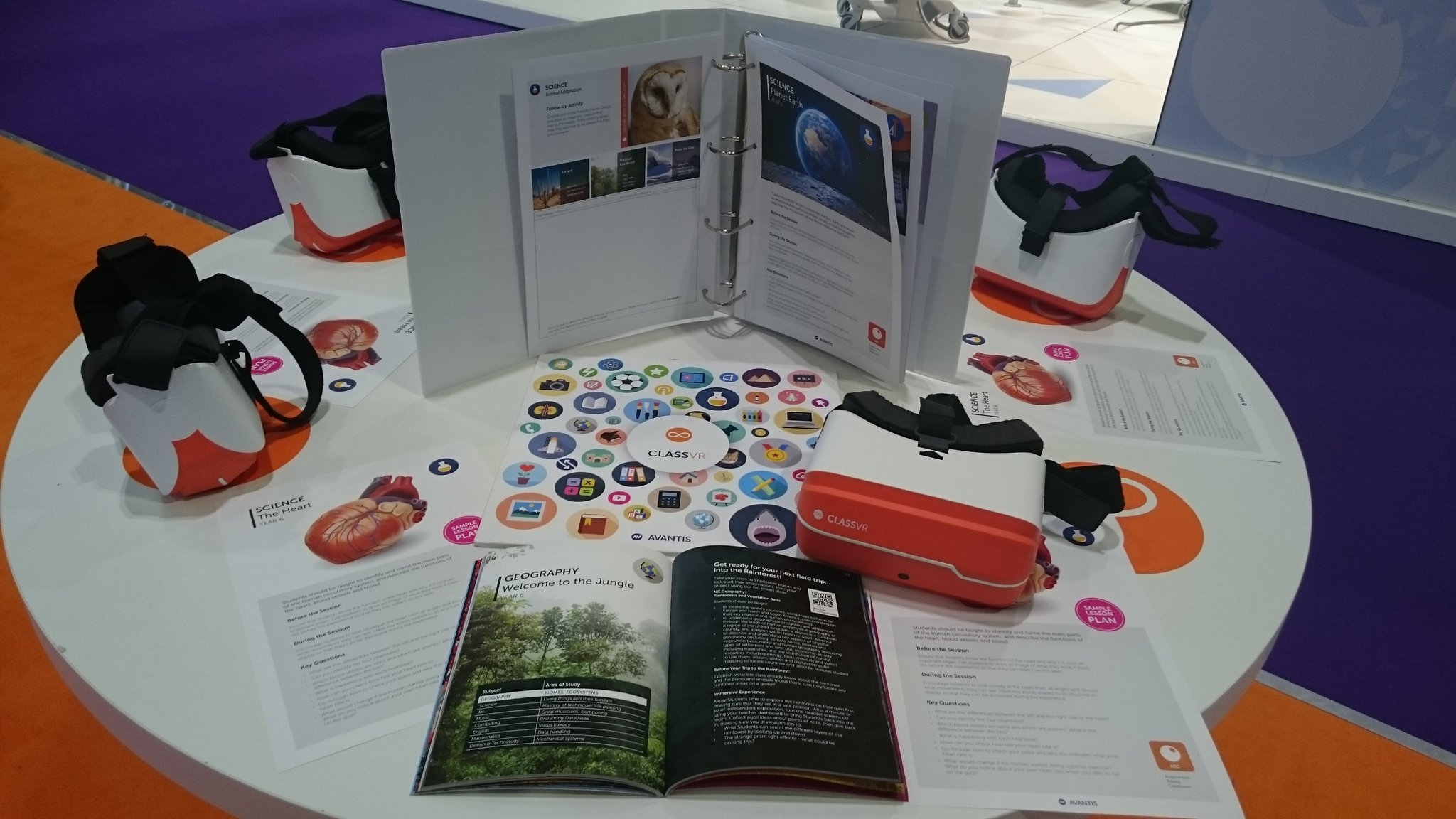 Pedagogically sound activities & lesson plans, equipping teachers with everything they need to introduce #VR #AR into classrooms #Bett2017 https://t.co/aRwnDtNZ41