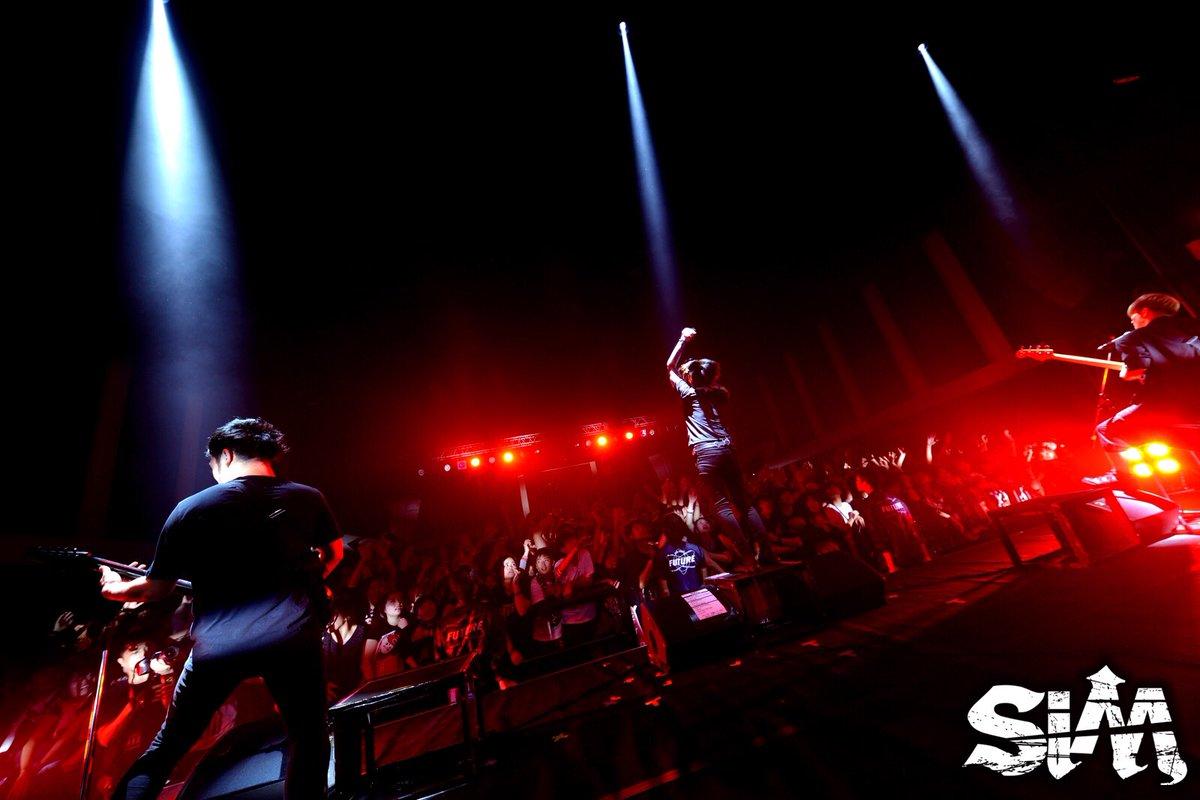 1/28(土) 広島BLUE LIVE TRIPLE AXE TOUR'17 ありがとうござ…