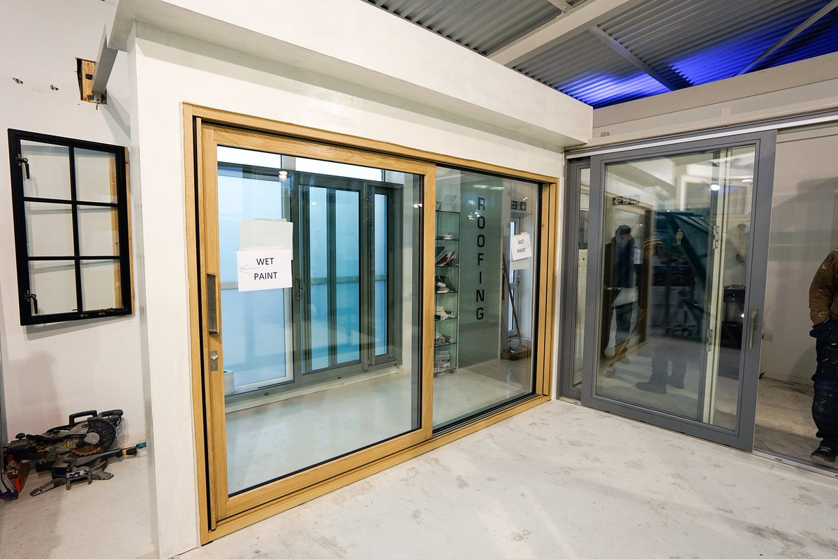*Now on display in our Heswall showroom the Centor Integrated door. //.johnknightglass.co.uk #Cheshire #Heswall #Centor #Wirral ... & centor hashtag on Twitter pezcame.com