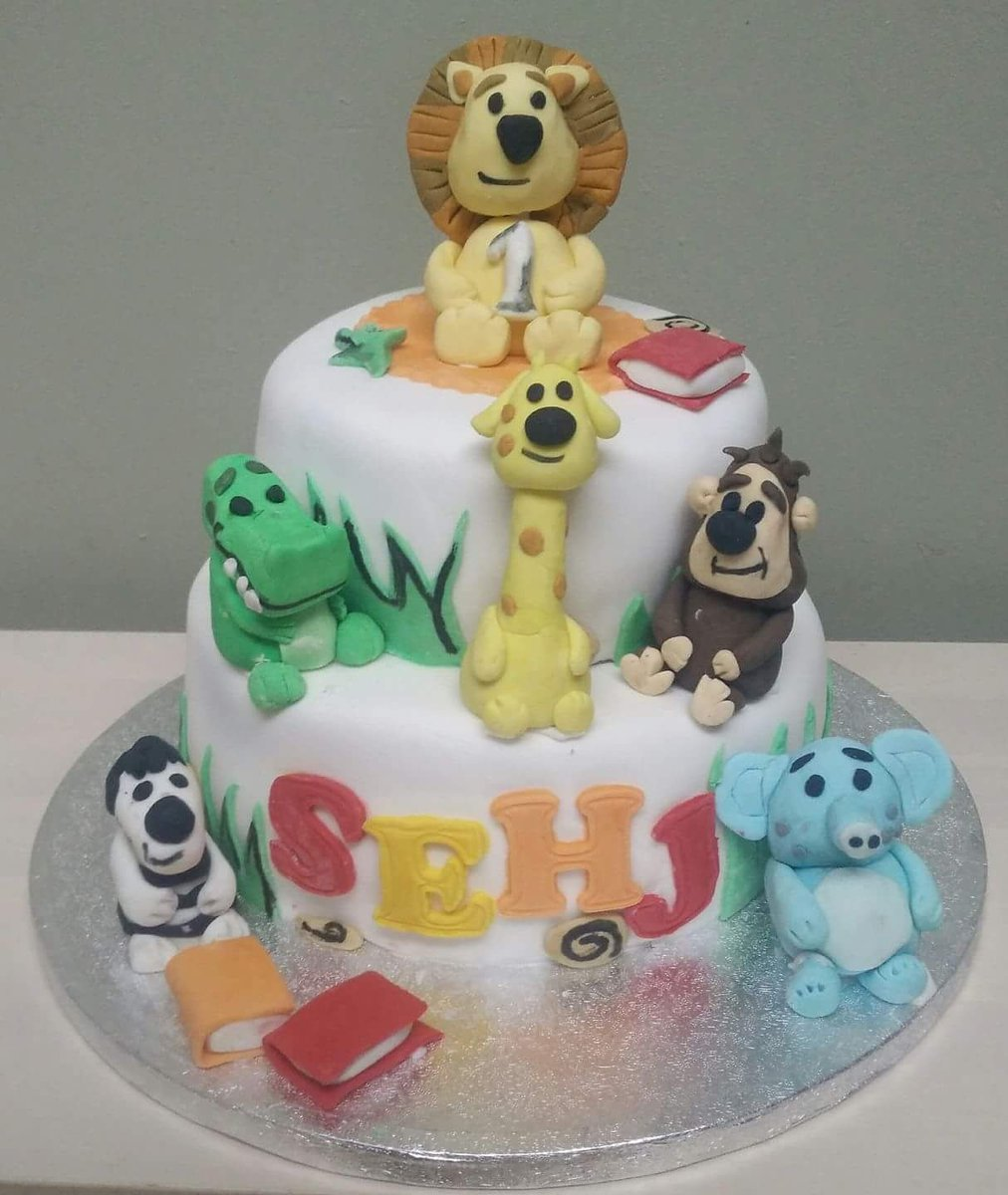 Polka Dot Kitchen On Twitter Raa Raa The Lion And Friends Cake By