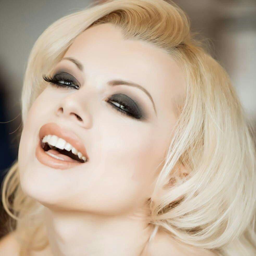 Nadia White nudes (34 fotos) Cleavage, YouTube, braless