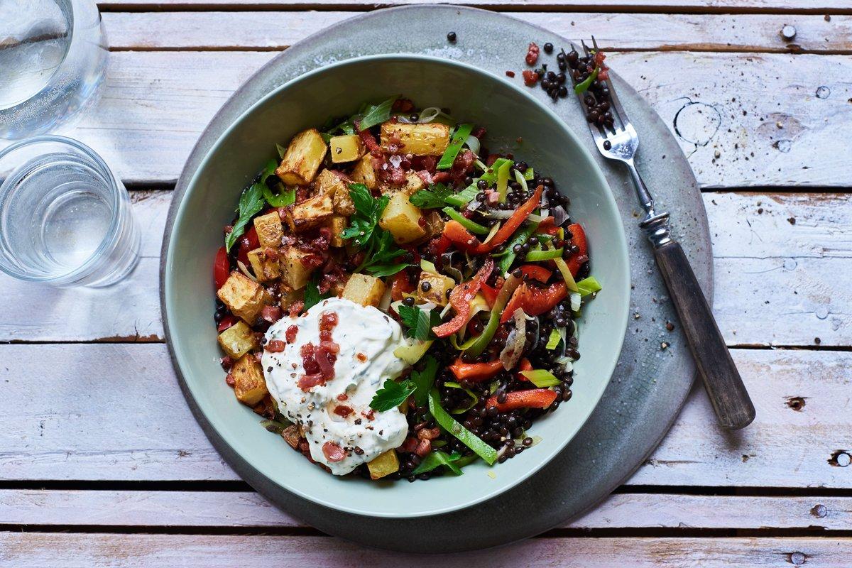 Salat muss nicht immer kalt sein, vor allem nicht im Winter: http://ow.ly/dEGY308gEU5 #eathealthy #fitspiration #healthyfood #superfood