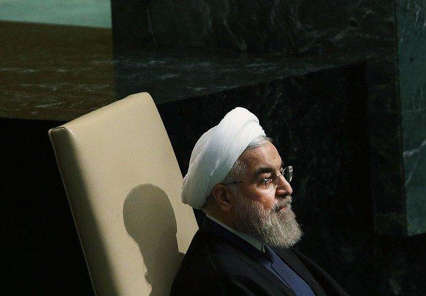 Irã proibirá entrada de americanos em resposta a medida de Trump https://t.co/pheXCrKrS9 https://t.co/cWAotFsexk