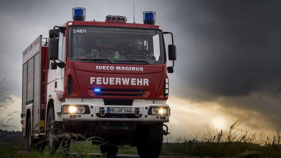 Hdwallpaperspro On Twitter 4k Wallpaper Fire Truck Fire